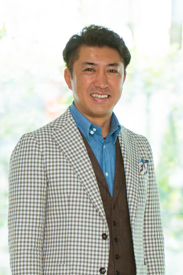 株式会社サンプロ 代表取締役 青柳弘昭